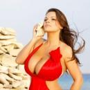 Самый большой размер груди - натуральная и искусственная