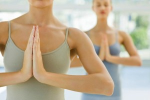 Упражнения для подтяжки груди после родов и кормления